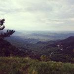 Pogled v dolino tam nekje s Predmeje ...
