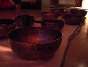 zvočna kopel in tibetanske sklede